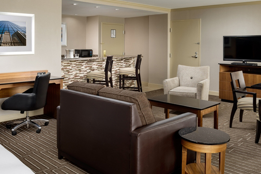 hilton_charlotte_univ_place_HH_guestsuite001_15_675x359_FitToBoxSmallDimension_Center