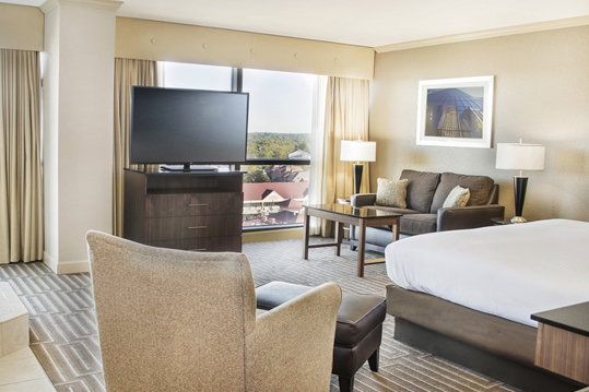 hilton_charlotte_univ_place_HH_wp002_19_675x359_FitToBoxSmallDimension_Center